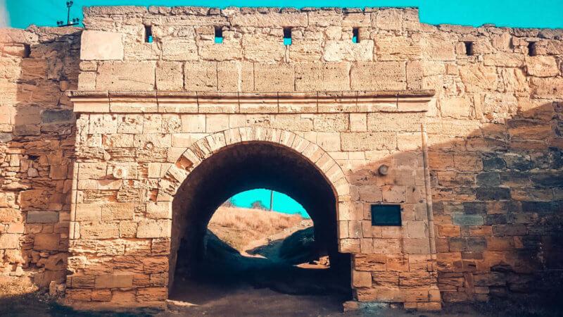 Крепость Ени-Кале в наши дни - фото