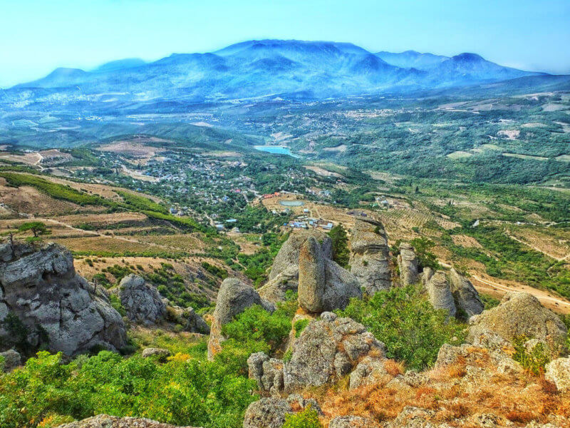 Долина приведений в Урочище Демерджи