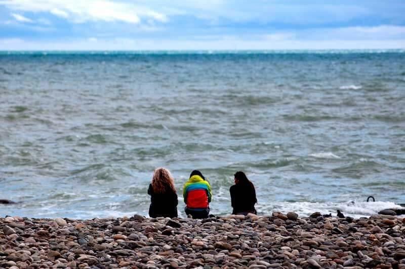 На пляже в Крыму в ноябре