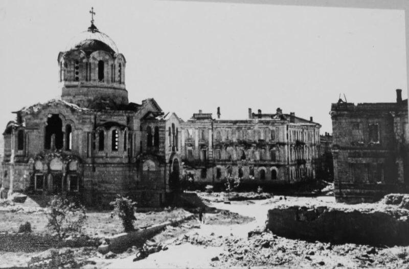 Усыпальница адмиралов в Крыму - историческое фото