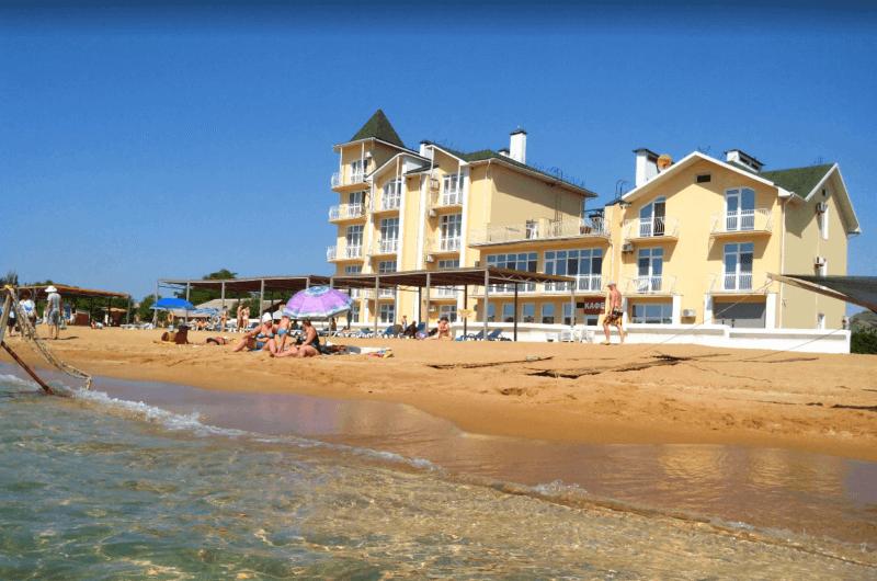 Золотой пляж Ток в Феодосии