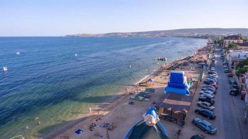 Фото Черноморской набережной в Феодосии