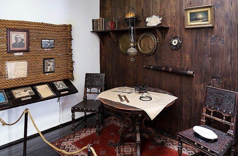 Кабнет - фото из музея Грина в Феодосии