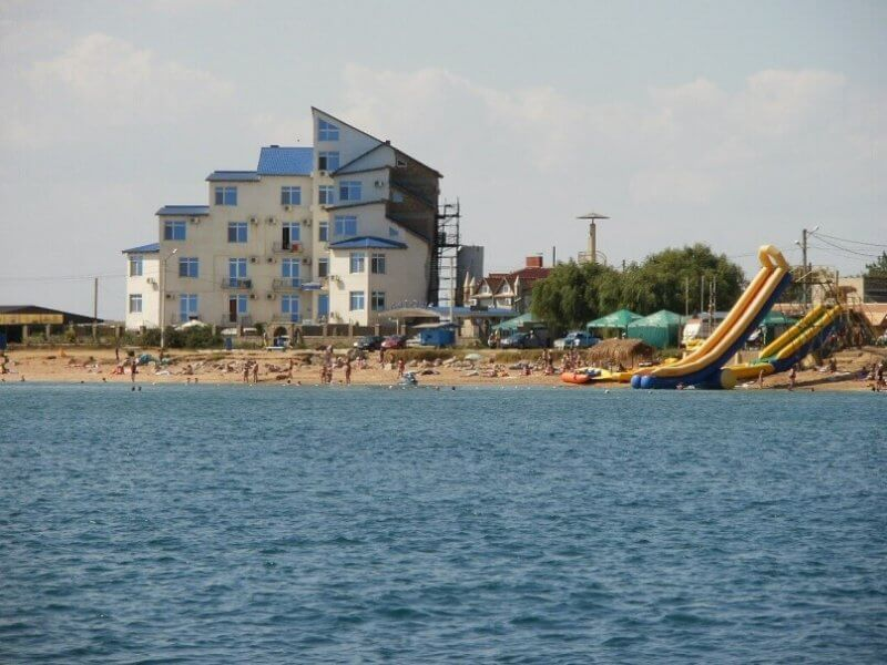 Вид на поселок Приорский - фото