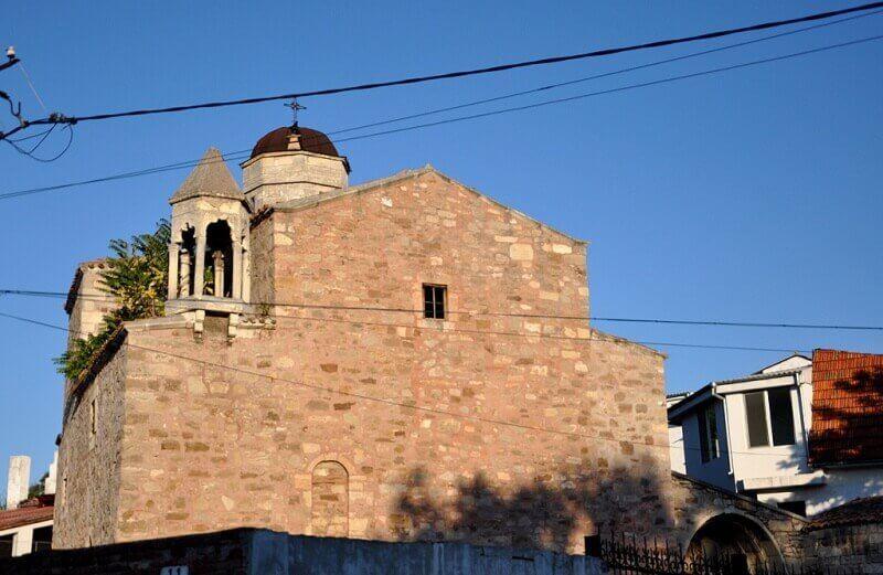Фото храма архангелов Михаила и Гавриила