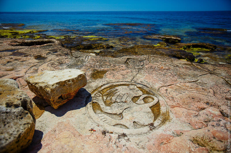 Рисунки на камнях - Мыс Херсонес