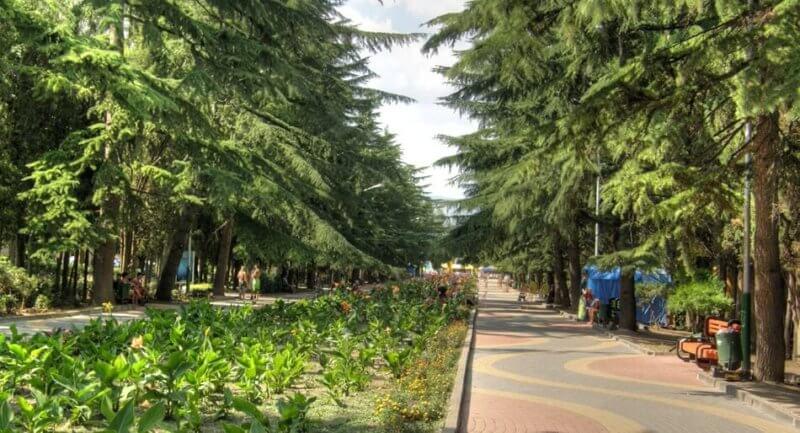 Приморский парк Алушты
