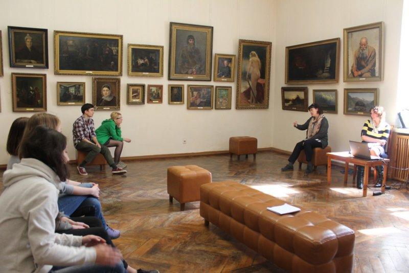 Уроки живописи - Симферопольский художественный музей