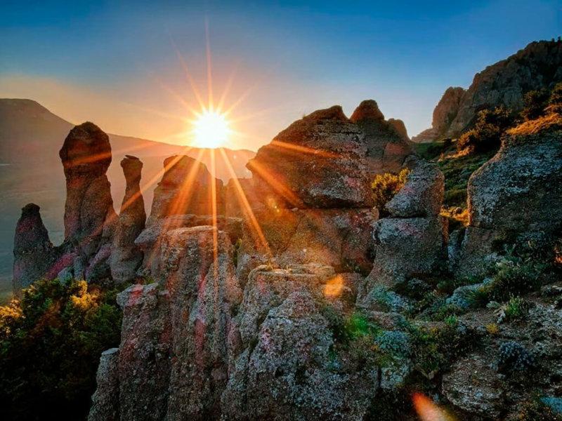 Достопримечательности Алушты: Долина Приведений