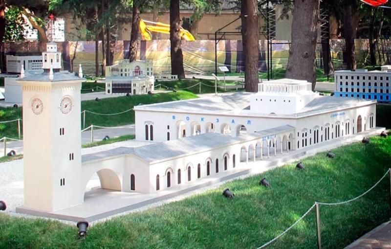 Достопримечательности Алушты: Крым в миниатюре