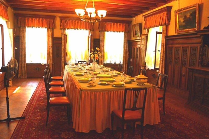 Фото столовой Массандровского дворца