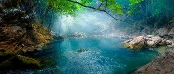 Голубое озеро в Крыму