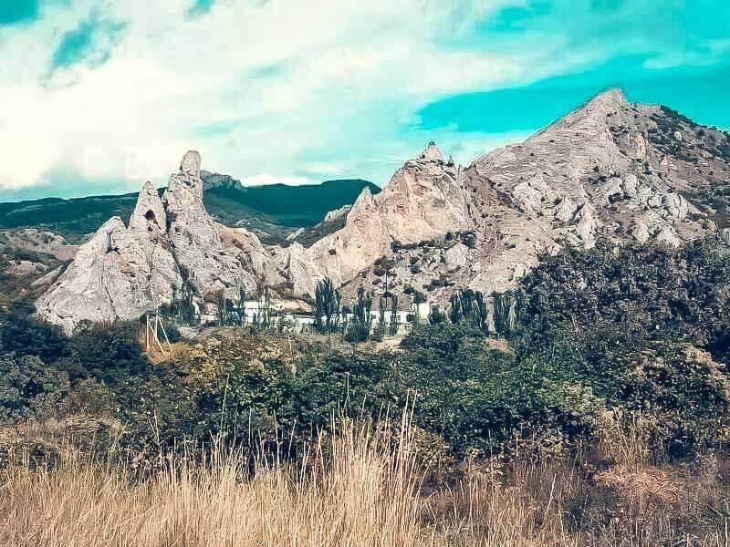 Поселок Солнечная долина в Крыму