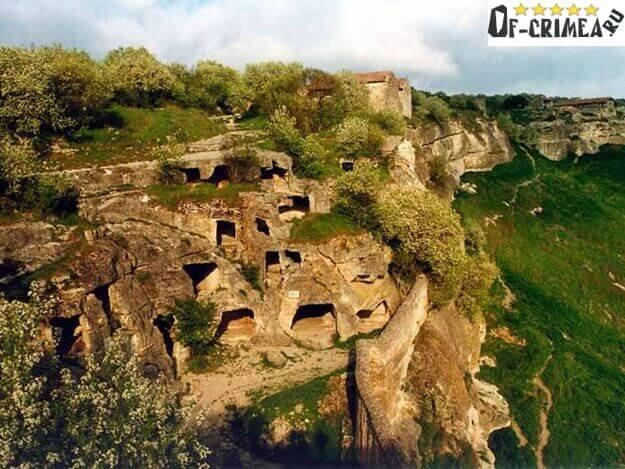Бакла пещерный город - фото