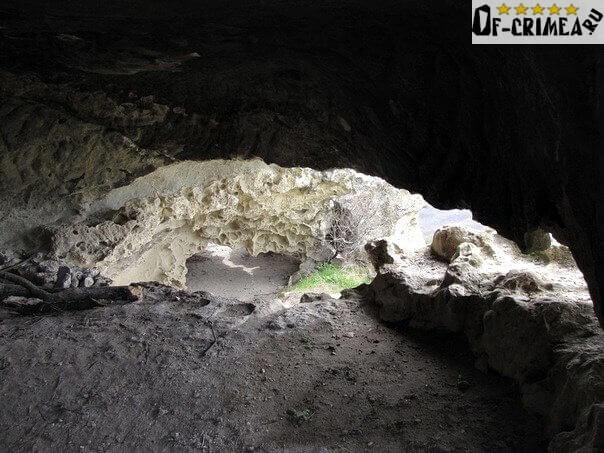 Гроты пещерного города