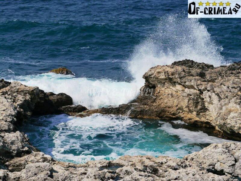 Подход к чаше любви с моря
