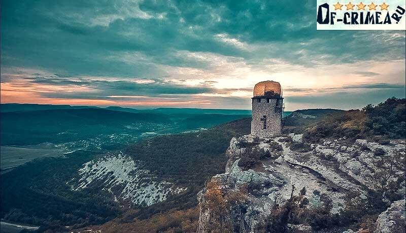 Пещерный монастырь шулдан на краю скалы