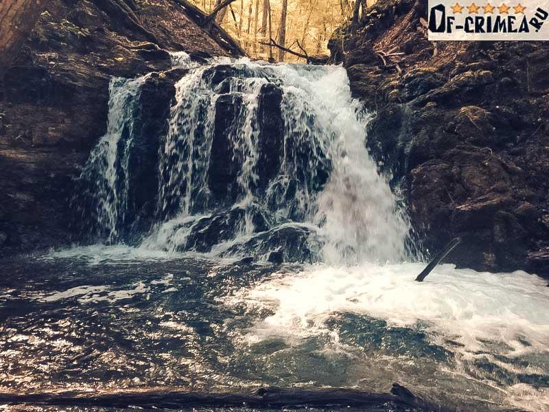 Водопад Головкинского - фото