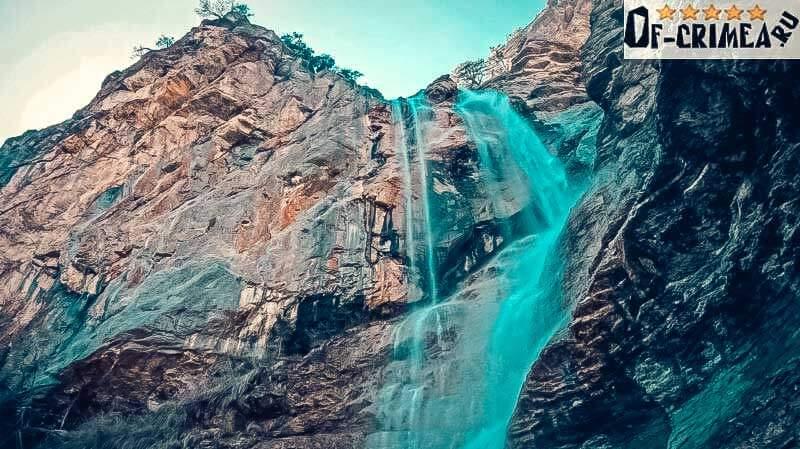 Красивый вид на Водопад Учан-Су
