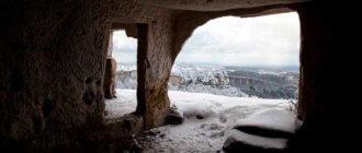 Мангуп-Кале в Крыму – самый большой пещерный город полуострова