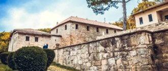 Сурб-Хач – армянский монастырь в старом Крыме