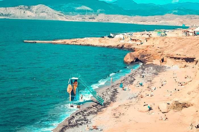 Нудистский пляж в Судаке
