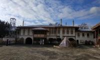 hanskiy-dvorec