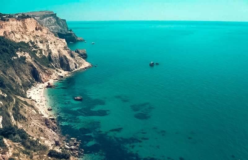 Пляж Инжир