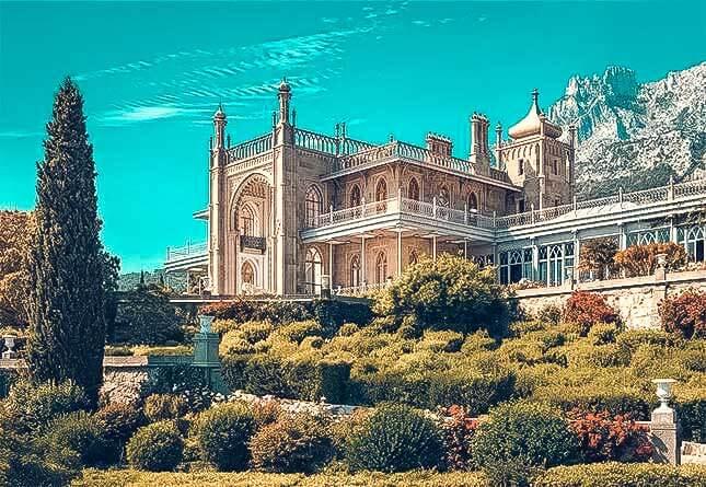 Вид на Коронцовский дворец