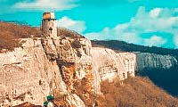 peshhernyj-monastyr-shuldan-9